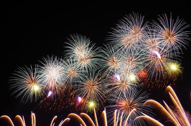 多摩川花火大会2018!日程時間や打上げ場所と穴場スポット、屋台出店、評判感想
