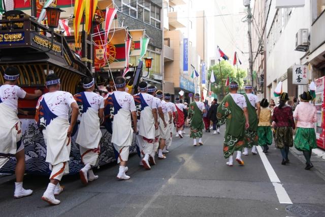 長崎くんち2019の混雑や交通規制、渋滞、通行止めと駐車場、来場者数情報