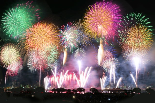 江ノ島花火大会2018!日程時間や打上げ場所と穴場の観覧スポット、屋台出店情報
