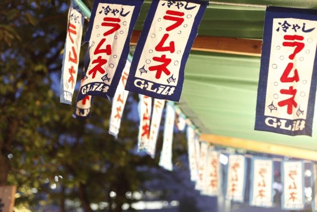 神田祭の出店のラムネ