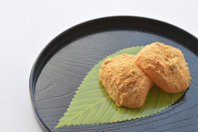 鶴舞公園桜まつり屋台のわらび餅