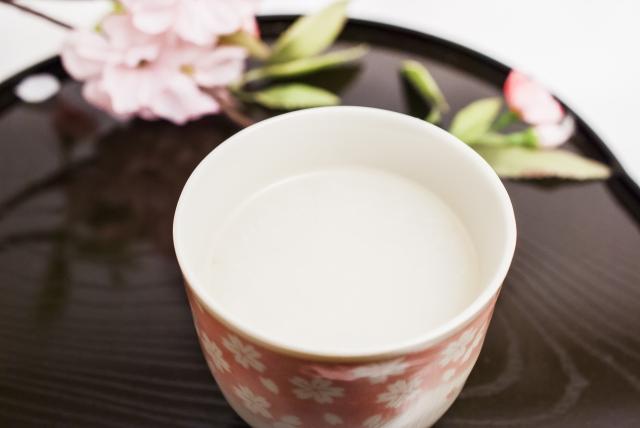名古屋城桜祭りの屋台の甘酒