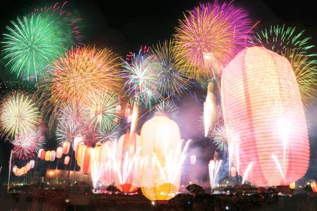 隅田川花火大会2019の混雑や交通規制、通行止め情報と場所取りの時間、混み具合