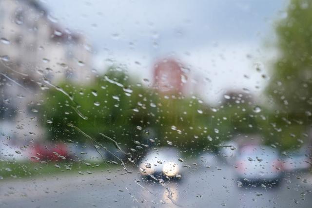 三郷花火大会2019は雨でも開催?雨天中止?順延、延期の有無や天気予報